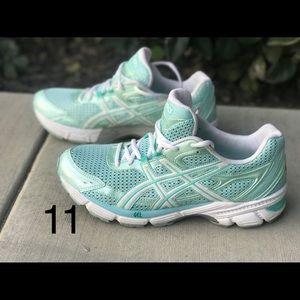 Womens Asics Gel Enhance running shoes 11
